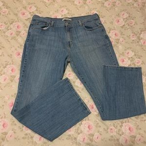 Levi's 515 Boot Cut Light Wash with stretch 16S